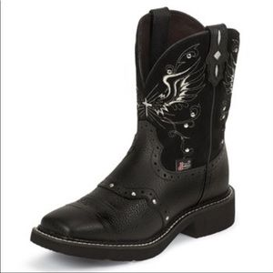 Justin Gypsy Black Boots with white Cross accents